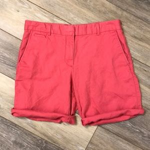 GAP | Boyfriend Roll-Up Khaki Shorts